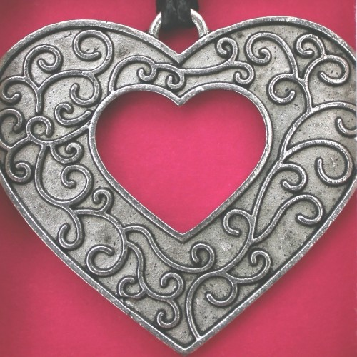 Open Heart Pendant Card
