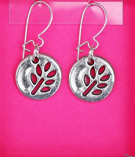 Leaf Cutout earrings