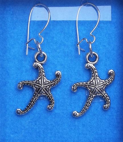 E18.53 Starfish earrings